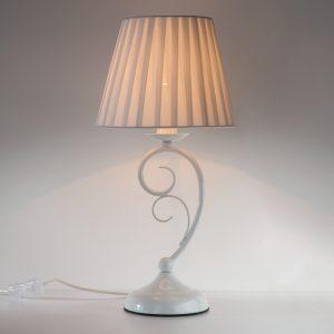 Классическая настольная лампа 01090/1