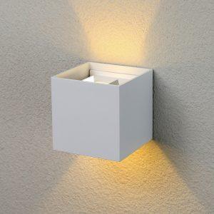 Настенный светильник Elektrostandard 1548 Techno LED Winner белый